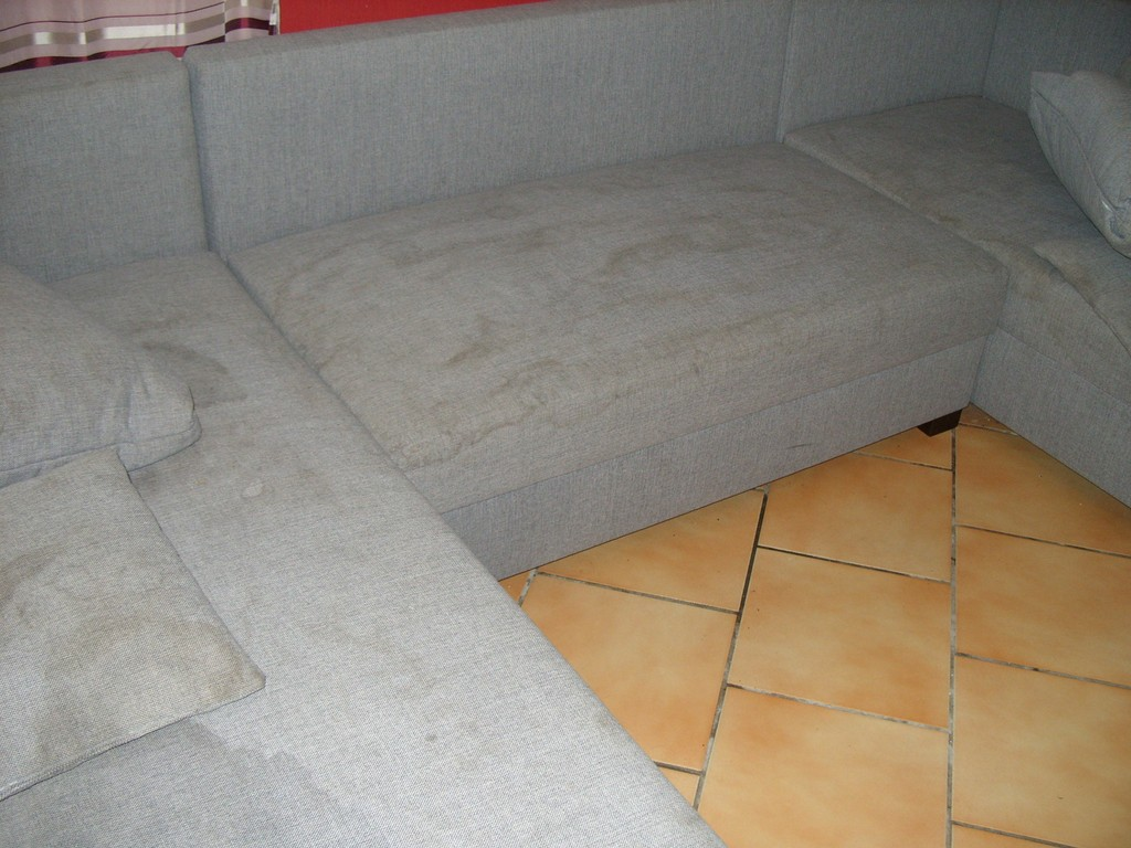 Nettoyer canape tissu vapeur maison design for Nettoyer canape